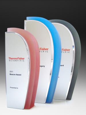 Thermo Fisher Scientific Awards. Custom acrylic & aluminium shape, custom paint finish, photographic aluminium H: 250mm W: 100mm