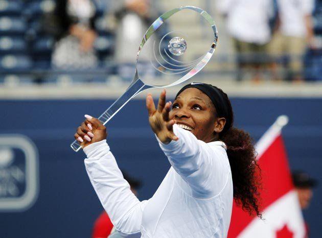 Serena-WTAToronto-racquet